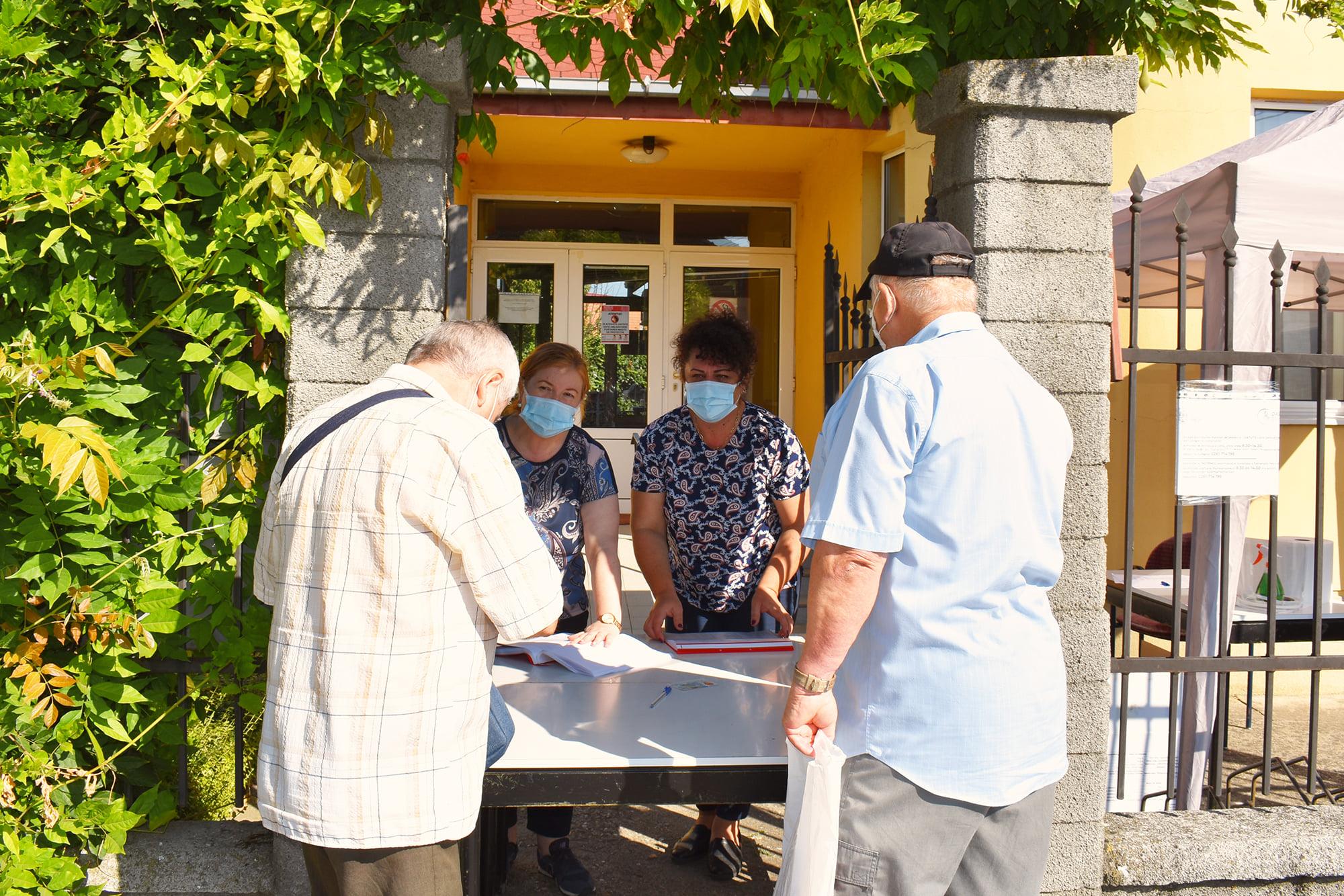 Campania de distribuție a măștilor gratuite va continua și săptâmâna viitoare în municipiul Satu Mare