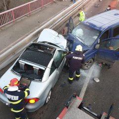 Accident  rutier grav azi dimineaţă pe podul Golescu din Satu Mare