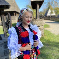 Interviu cu cântăreața Ivonna Țofei, în exclusivitate pentru smlive.ro