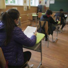 Azi s-a desfășurat simularea examenului de evaluare națională pentru clasele a VIII-a la proba scrisă de Limba și literatura maternă