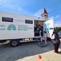 10 comune sătmărene beneficiază de serviciile gratuite ale caravanei medicale de sănătate a plămânilor, Screening TB – depistarea activă a tuberculozei